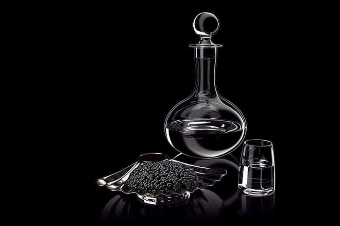 A Whiskey Decanter Gift Set for Whiskey Lovers