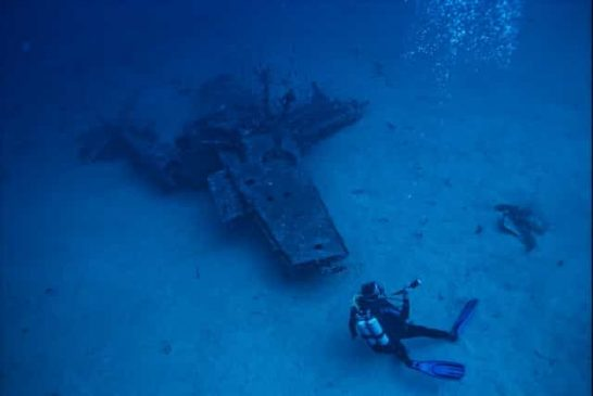Wreck dives in America